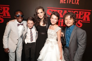 Stranger-Things-cast.jpg
