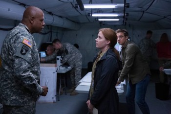arrival-movie-amy-adams-jeremy-renner-forest-whitaker.jpg